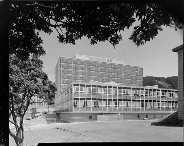 Broadcasting House recently after its completion. Image: Duncan Winder, 1963 courtesy of Alexander Turnbull Library, Wellington, DW-5105-F.
