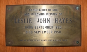 Memorial plaque for Leslie John Hayes, Khandallah Presbyterian Church. Image: Bronwyn Holloway-Smith, 2015